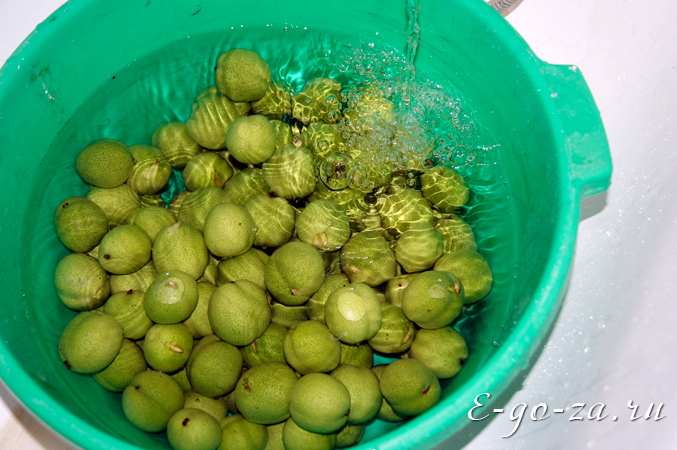 Вымоченные грецкие орехи